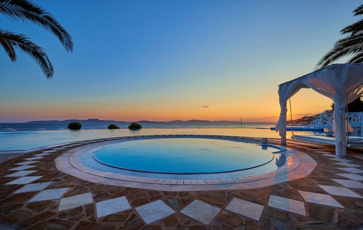 Renew the senses at Saint John's outdoor ‪#‎Jacuzzi‬ under a bewitchingly beautiful ‪#‎Mykonos‬ ‪#‎sunset‬..! An ultimate VIP facility offered to you and your loved ones in a world-class resort.