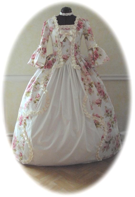 robe Marie-Antoinette en coton fleuri    Marie-Antoinette dress