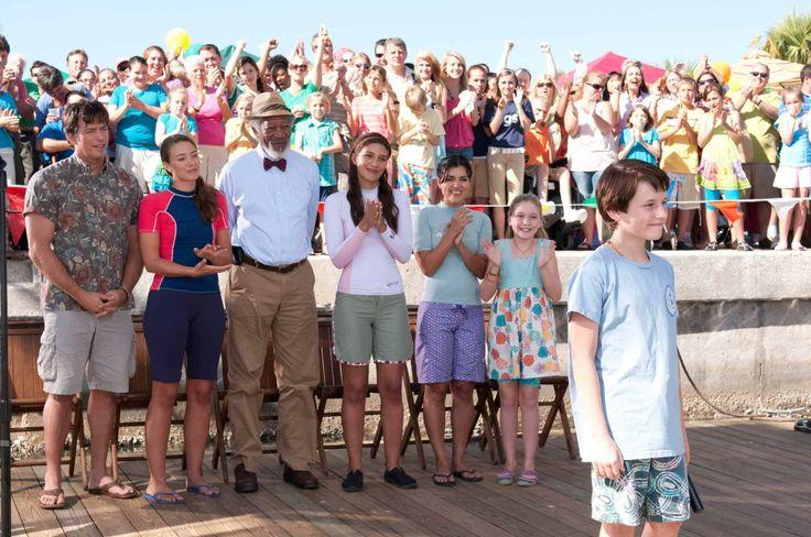 Still of Morgan Freeman, Harry Connick Jr., Nathan Gamble, Austin Highsmith, Juliana Harkavy, Betsy Landin and Cozi Zuehlsdorff in Dolphin Tale