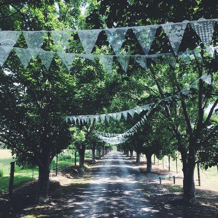 Driveway wedding bunting #weddingbunting