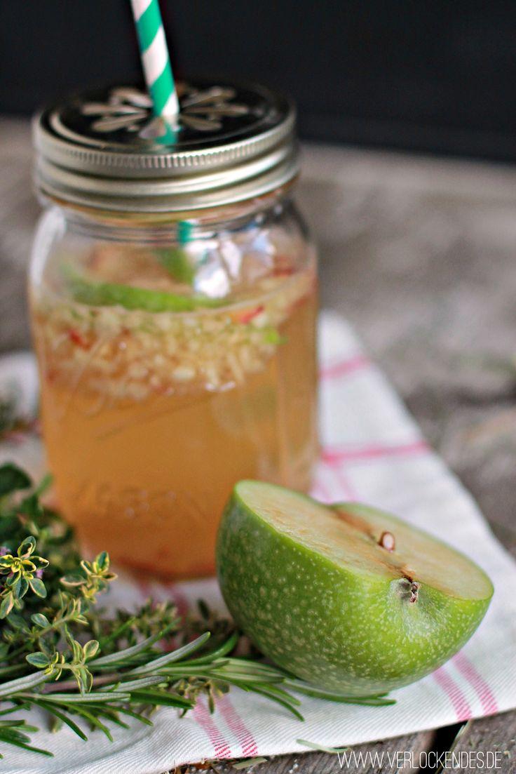 Jetzt, wo der Sommer quasi wieder vorbei ist, könnte man doch auch mal einen heißen Apfeltee trinken!