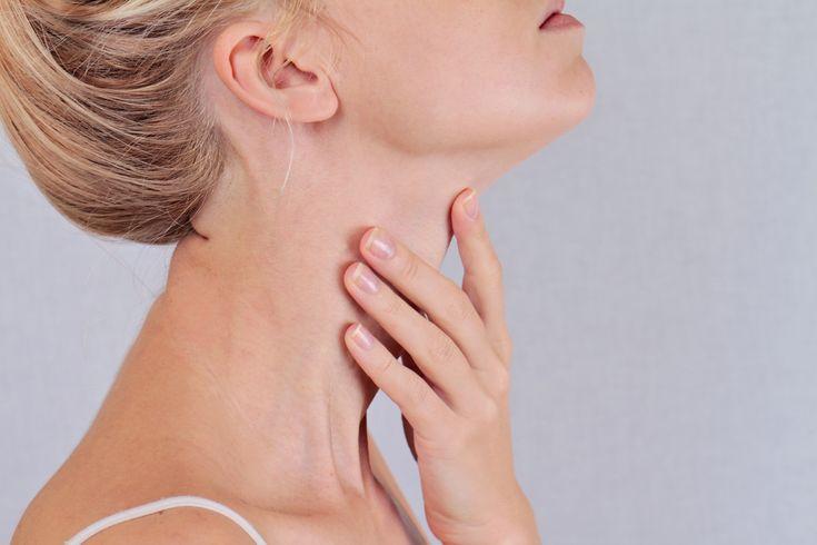 Un symptôme du cancer de la gorge: Si vous avez une bosse dans le cou, consultez vitre médecin.