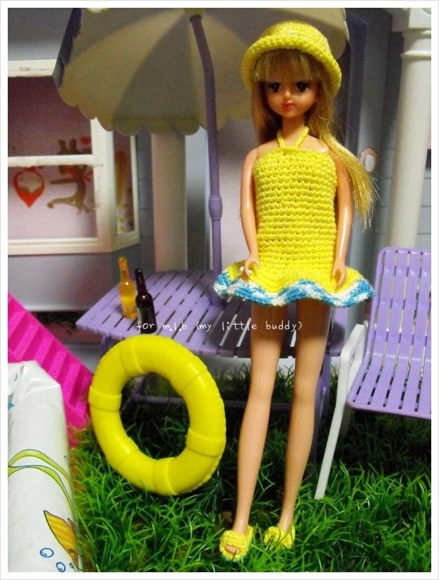 Crochet : Fashion doll beach wear (http://www.lovemlb.net/)