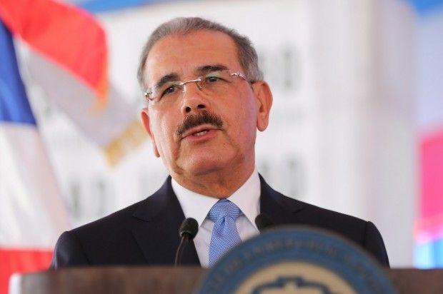 Danilo Medina Se Solidariza Con Pueblo Y Presidente De Francia