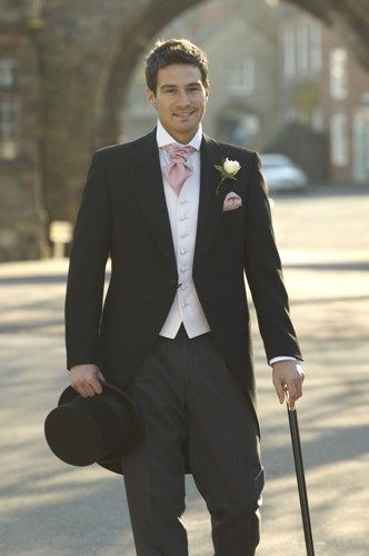 Top Hat and Tails for the #groom- Stick with Tradition - Gorgeous!