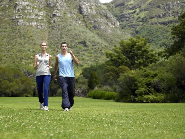 Walking workouts - a weekly walking workout schedule to build speed, endurance, and aerobic capacity.