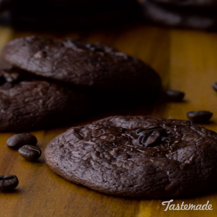 Cookie? Yes. Brownie? Yes. Coffee? You bet. Who knew life could get this good?