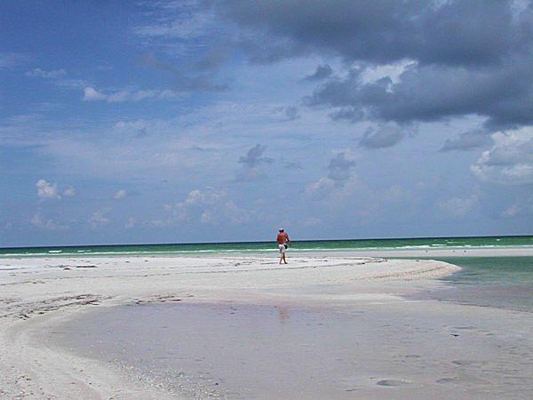 Pontoon Boat Rental Tampa Bay Area | Canoe and Kayak Rentals Pasco County | Fishing Boat Rental Clearwater and St Petersburg, Florida | Pontoon Fishing Boat Rental St Pete Beach | Pontoon Boat Rentals Tampa Bay, New Port Richey, Tarpon Springs