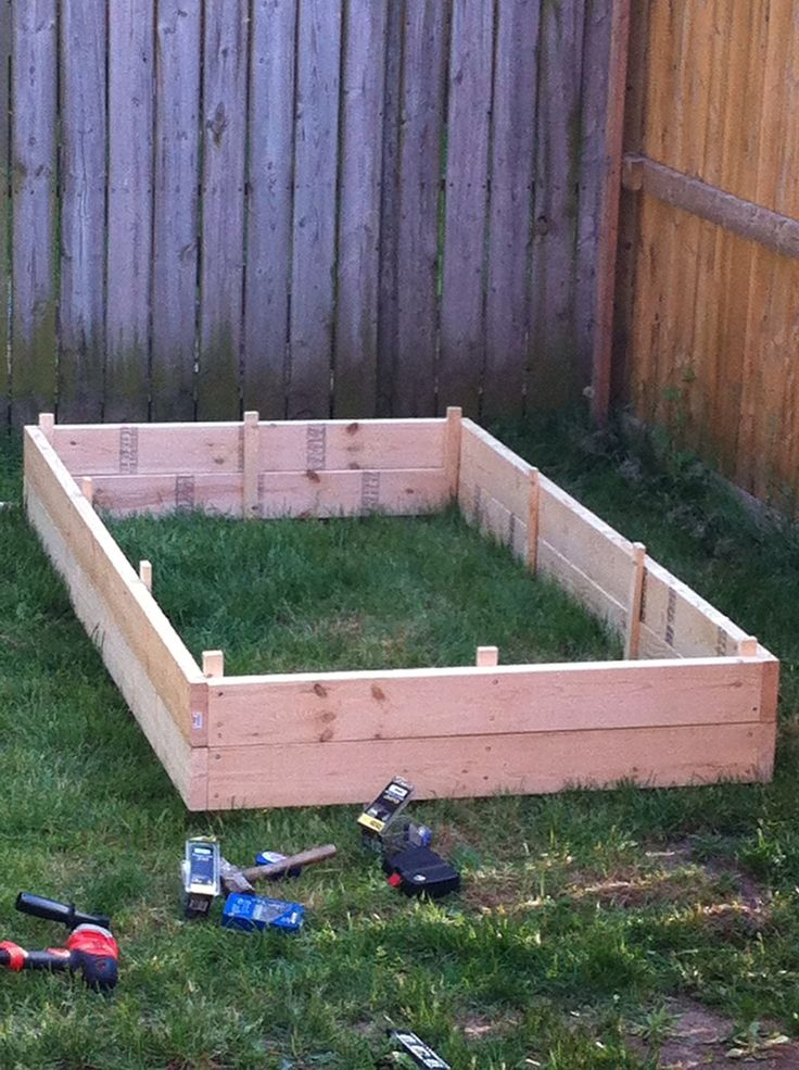 How to Build a Raised Garden Bed tut