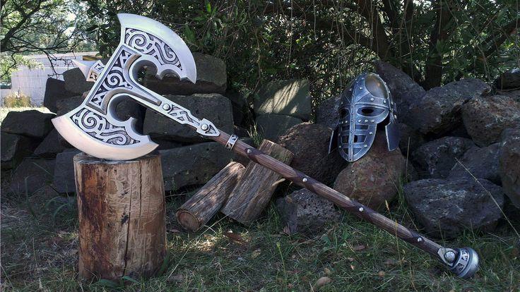 Não pergunte porque eu amo machados,só me dê um machado. Skyrim Steel Battleaxe Prop Replica by TheAnti-Lily