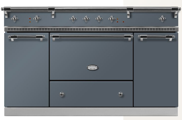 The Citeaux Classic is a superb triple-oven range cooker. It features a large 65-litre oven with a storage drawer beneath, a tall 49-litre oven and a tall 85-litre simmer oven on the right-hand side. Solidly built in heavy-gauge steel, cast iron and solid brass, with performance to match, it is easy to see why Lacanche cookers find their way into some of the world's best commercial kitchens, and into the homes of the most discerning of cooks. #greycooker #lacanche #rangecooker