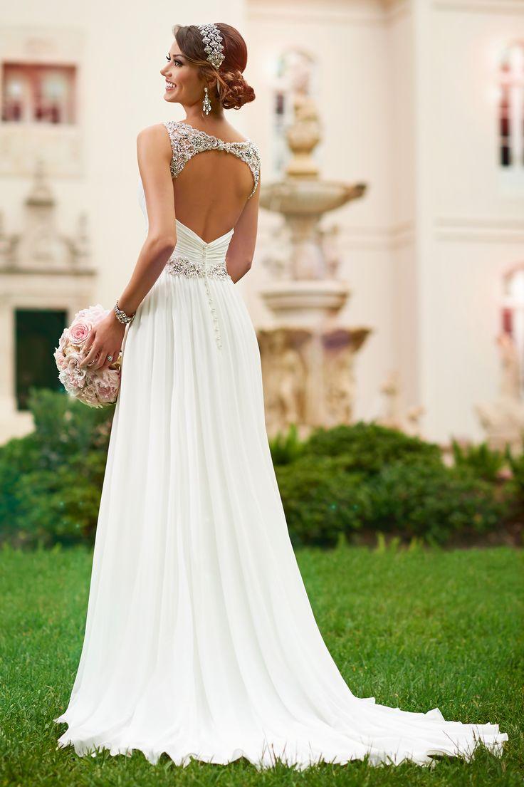 Stella York designer wedding dress. site to find it on http://www.dressbing.net/stella-york-wedding-dresses-style-6018-price-p-5959.html