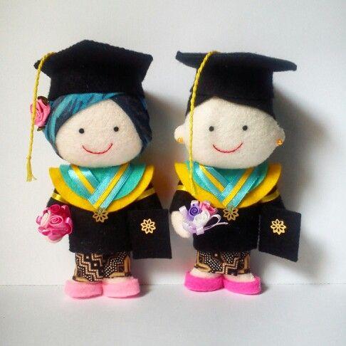 gradution doll