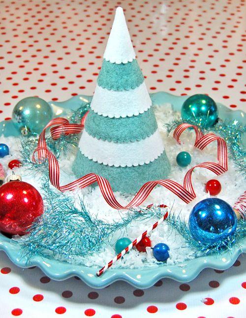 more trees: Christmas Diy, Xmas Trees, Trees Patterns, Christmas Crafts, Felt Patterns, Felt Trees, Free Patterns, Felt Christmas Trees, Festivals Felt