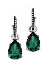Create our emerald earring look and combine E2279 with E2326.