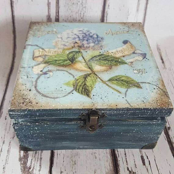 Blue Hydrangea Vintage Tea Box wooden Tea caddy by iLoveCreations