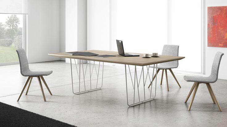 Conférence table Deck Design by Aitor Garcia de Vicuna