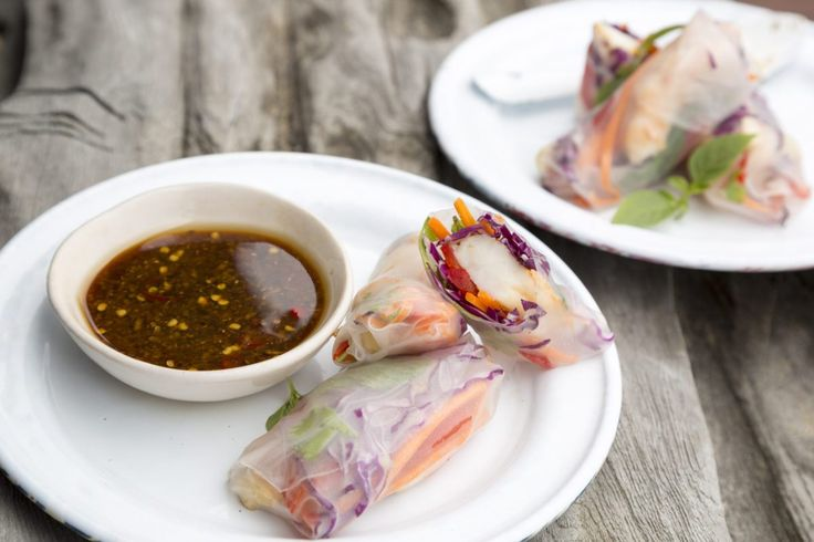 prawn-rice-paper-rolls-with-lime-soy-dipping-sauce-7