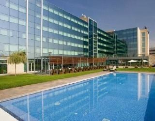 Set in a pleasant residential area about 25 minutes' walk from Castelldefels, BCN Events looks more oriented towards the business traveller than the sun seeker.