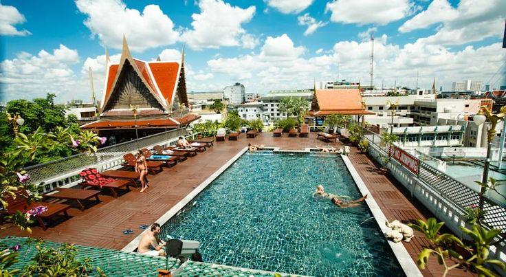 Les 170 meilleures images propos de piscine sur toit et for Hotel avec piscine new york
