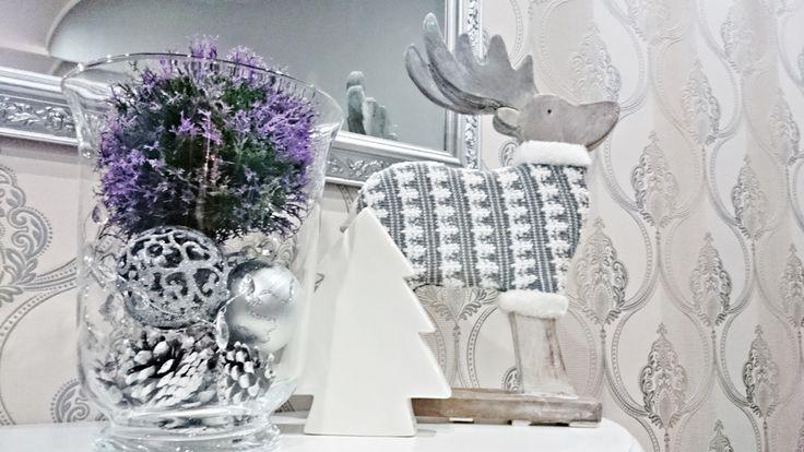 Christmas Decorating #lavender #poznań #restaurant