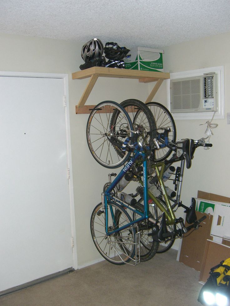 Best 25 indoor bike storage ideas on pinterest indoor for Apartment garage storage