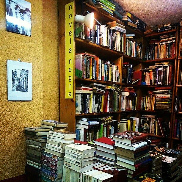 La Tarde Libros. Madrid. Sección Novela Negra.