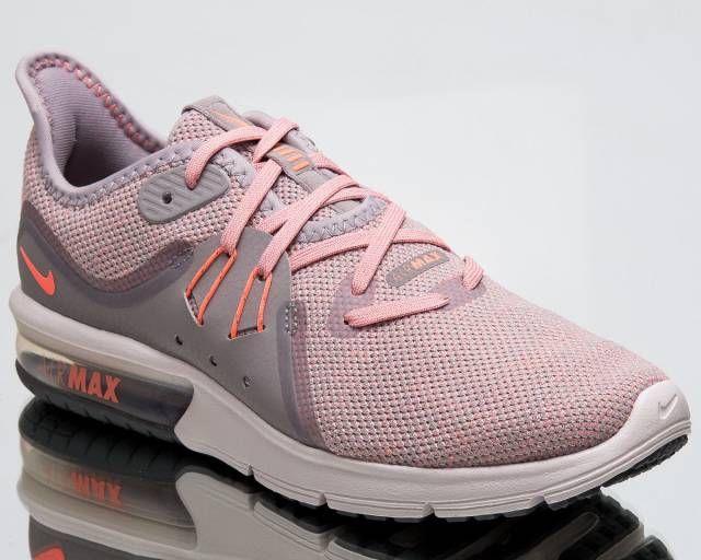 Women Nike Sneaker</p>                     </div>   <!--bof Product URL --> <!--eof Product URL --> <!--bof Quantity Discounts table --> <!--eof Quantity Discounts table --> </div>                        </dd> <dt class=