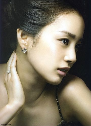 Kim Tae Hee - Korean actress