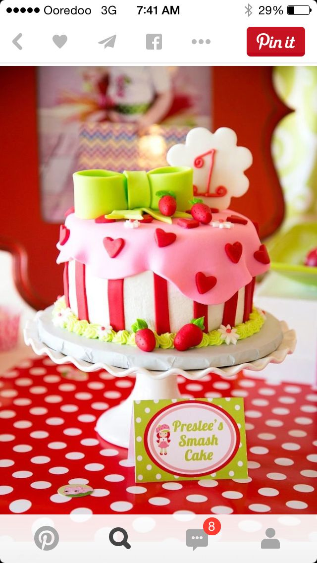 Single layer strawberry shortcake cake