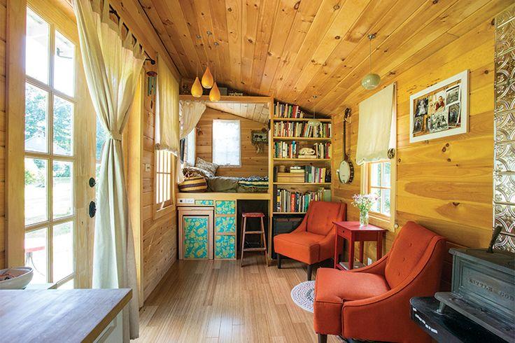 Rowan Kunz's tiny house - tiny home loft bed living area