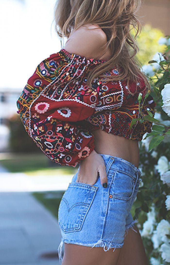 Boho style off-shoulder gypsy blouse