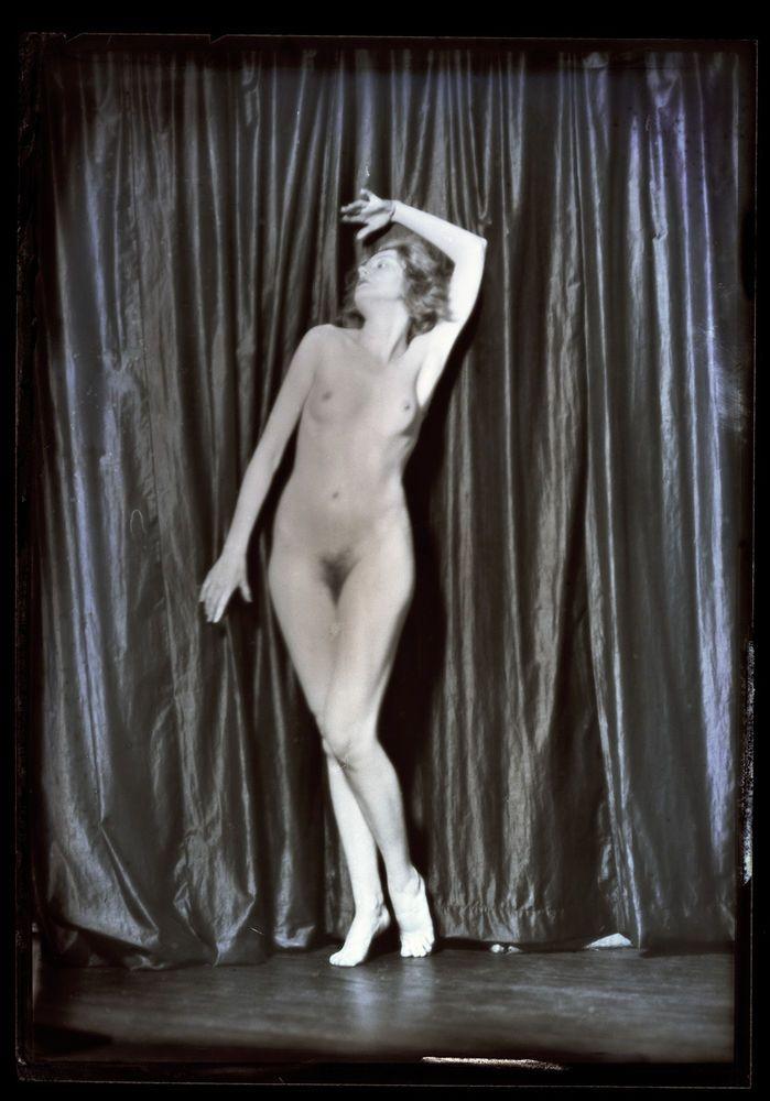Nude ziegfeld dancer photos