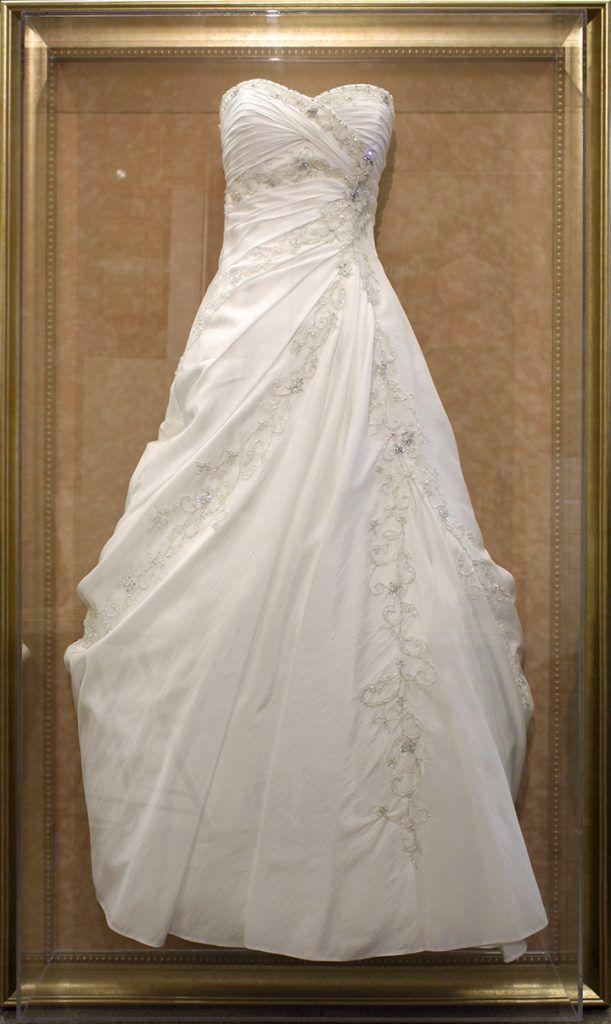 Large Size Wedding Dress Frame Wedding Dress Frame Wedding Dress Shadow Box Wedding Dress Preservation