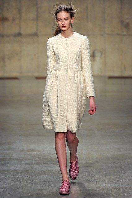 Simone Rocha - www.vogue.co.uk/fashion/autumn-winter-2013/ready-to-wear/simone-rocha/full-length-photos/gallery/934642