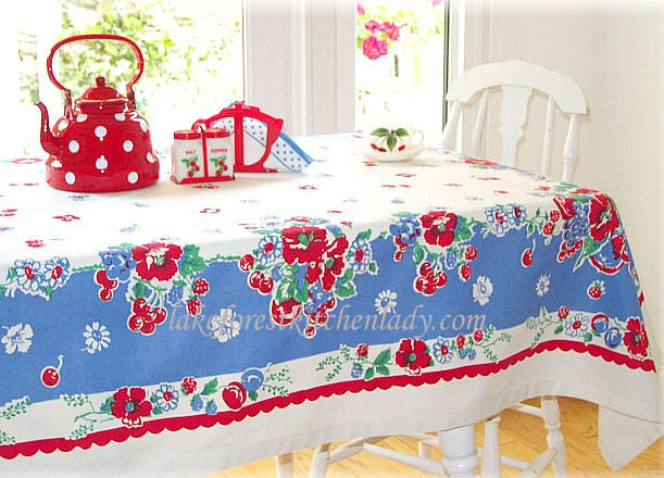 vintage table cloth -- lakeforestkitchenlady.com