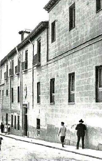 1917. Hospital de Mujeres Incurables en la calle de Amaniel | Flickr: Intercambio de fotos