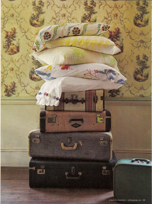 .: Vintage Suitcases, Anthropology, Old Suitcases, Vintage Wardrobe, Vintage Floral, Linens, Vintage Charms, Vintage Luggage, Pillows