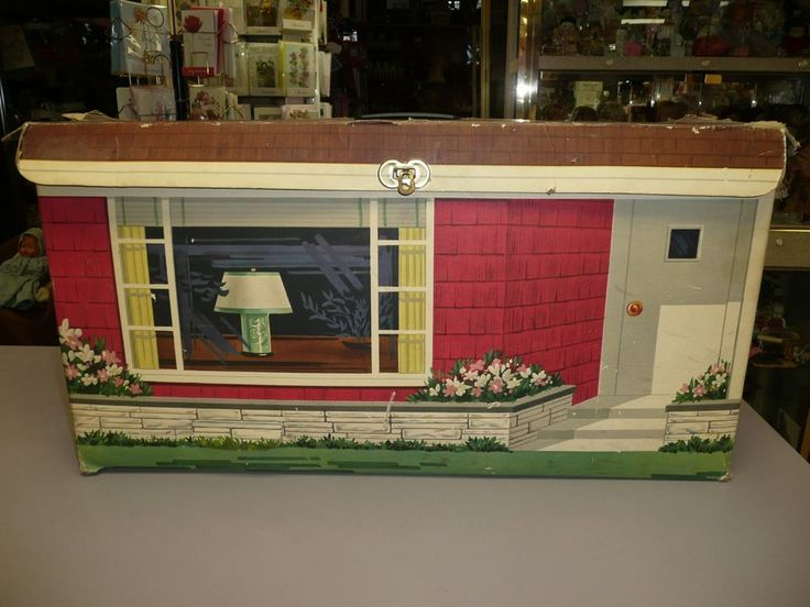 Beautiful Vintage 1963 Ideal Tammy Folding Doll House
