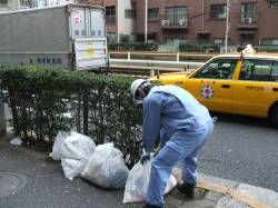 ゴミ収集員「職業ですか?環境保全の仕事してます」
