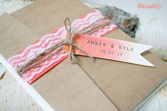 Coral Rustic Wedding invitation Kraft Pocketfold von Shnabby