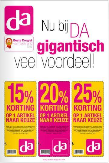 Sterk: Deze flyer kreeg ik toen ik door Utrecht liep. Het is erg sterk dat je gelijk ziet dat je korting krijgt en dat deze korting geldig is bij de DA drogist Zwak: Er staat nergens op waar de DA drogist is, en ik zou het ook handiger vinden als er ook bijvoorbeeld 1 product op stond zodat je een iets beter beeld van de winkel krijgt.