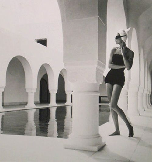 Photo by Louise Dahl-Wolfe, 1950: Hammamet, Louis Dahlwolf, Louis Dahl Wolf, 1050 S Swimwear, Louise Dahl Wolfe 05 Jpg, Fashion Photography, Beautiful Photography, 1950S Fashion, Louisedahlwolf Reflectionpool