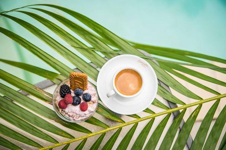 Pearled Barley mash with cinnamon & coconut sugar topped with raspberries cream & espresso * healthy #foodporn
