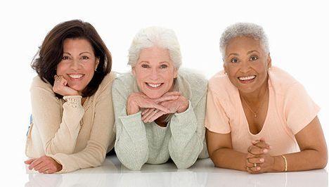 Menopauza nu trebuie să fie o schimbare radicală în viață     Recunosc că în acest articol nu pot să vorbesc din experiență personală (care este cea mai sigură) tot ce pot este să redau cunoștințele acumulate citind cărți și articole. Sper să vă placă articolul :).   Numeroase femei trec prin menopauză cu un număr redus de simptome și multe dintre aceste simptome pot fi controlate în mod natural. Medicii definesc ca menopauză perioadă de un an întreg după ultima menstruație. Ea se instalează…
