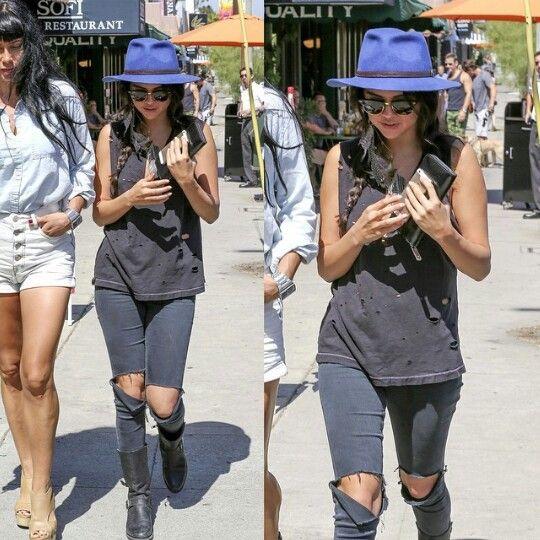 Selena gomez 2014 style street fashion. Fedora,  ripped jeans