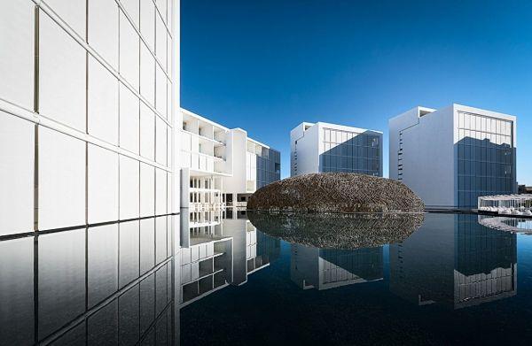 World of Design: Мигель Анхель Арагонес (Мексика). Отель в море Кортеса