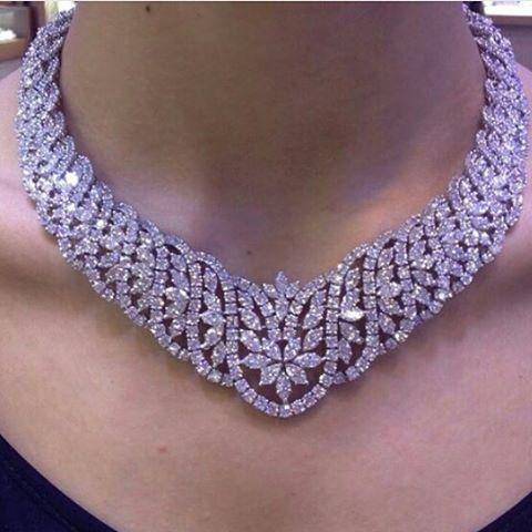 #amwaj_jewellery #magnificent#diamond#necklace