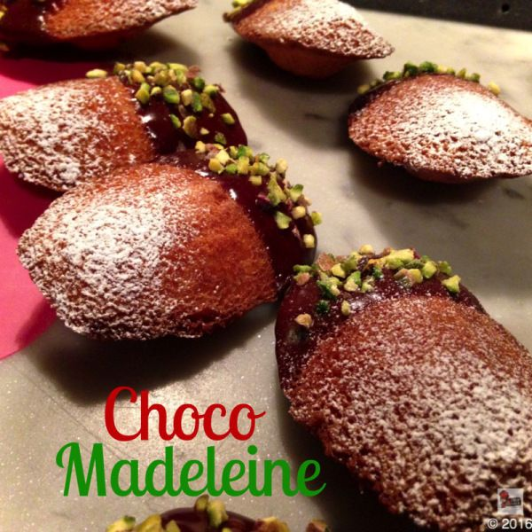Madeleines are good any time, any where and my wonderful chocolate version is guaranteed to please!