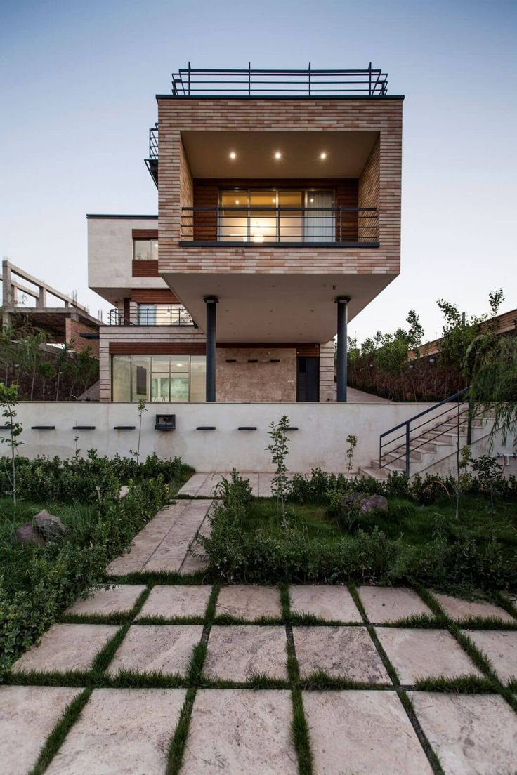 Three-storey House in Iran by White Cube Atelier